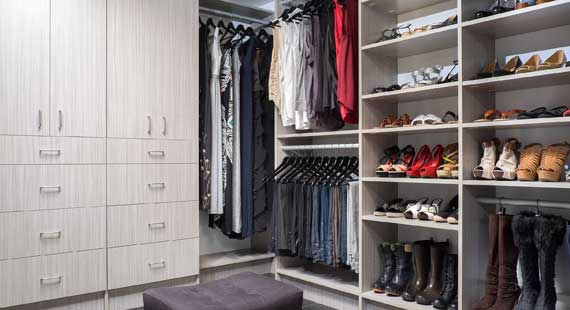 Keep Closet Organized